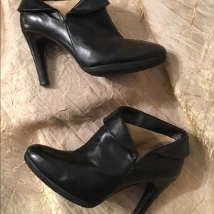 Michael kors ankle boots BLK.leather size 6